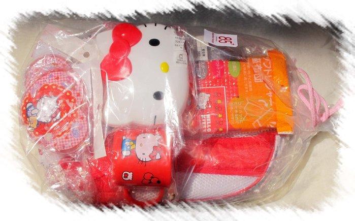 【樂陶陶】日本正版/三麗鷗kitty系列商品/超值七件組合潄口杯/筷子/便當盒/背包/座布墊/保冷劑*2/現貨/免運 費