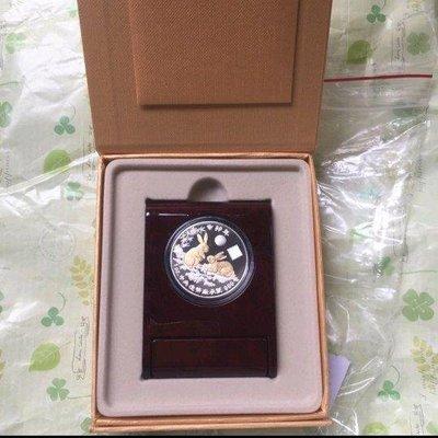 台銀 2011年 兔年生肖紀念幣,鍍金版,精鑄銀幣 吐瓦魯