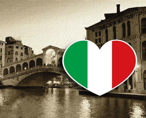 【國旗貼紙專賣店】義大利愛心形旅行箱貼紙/抗UV防水/多國款可收集和客製