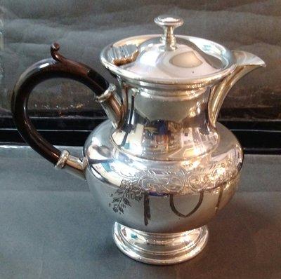 240 高級英格蘭鍍銀壺 Edwardian Silver Plated Teapot