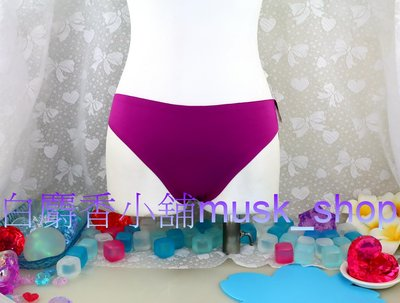 尺寸M-夜霓紫色素體無痕低腰丁字褲-AS8403*白麝香小舖*全新華歌爾b.tempt'd內褲