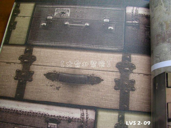 【大台北裝潢】LVS2進口平滑面純紙壁紙* 帶我去旅行 擬真行李箱(3色) 施工實景 每支1650元