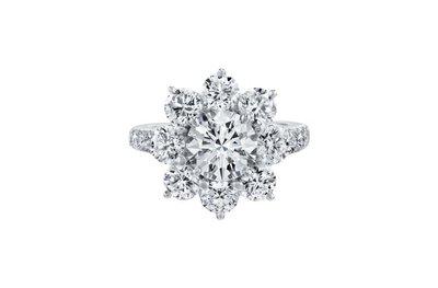 花漾款式2.68克拉花瓣形鑽戒(莫桑石 摩星鑽 鑽石 裸石)