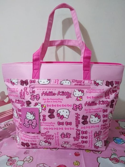 粉色kitty手提包