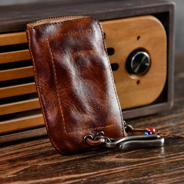 ~皮皮創~原創設計手作包。頭層植鞣牛皮汽車腰掛鑰匙包真皮手工擦色復古卡包式潮流零錢包