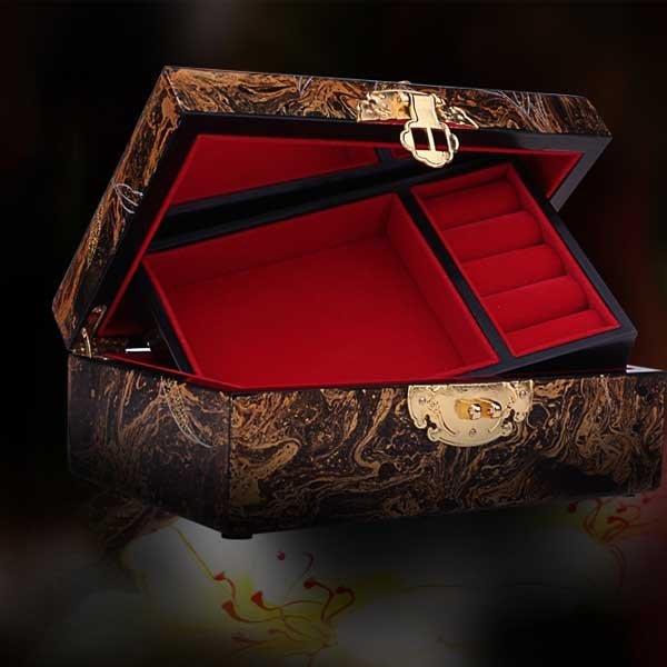 5Cgo【鴿樓】會員有優惠  38427576181 平遙推光漆器手工首飾盒 梳妝飾品盒結婚收納盒 木質新婚禮飾盒