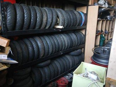 達成拍賣 各式中古輪胎 90 90 10 100 90 10 350 10 300 10 汽機車中古零件買賣 歡迎詢問 桃園市