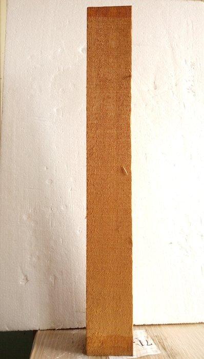 【九龍藝品】檜木 ~ 3寸角,長約70cm (4) 可各種運用
