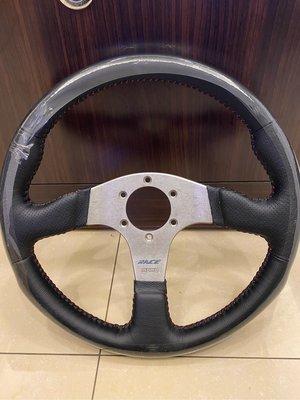 黑皮打動紅線改裝方向盤專業換皮客製化
