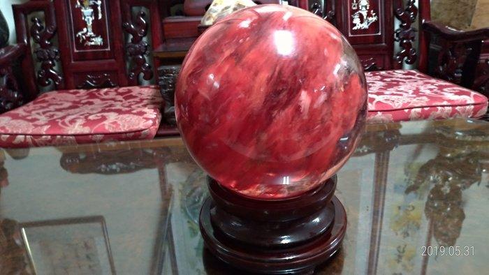 紅兔毛大顆水晶球/直徑28公分重量21公斤/底座重量2公斤高11公分直徑23公分/全館商品滿5件或滿6000元免運費