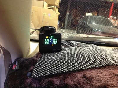 DJD18080931 Glorify TPMS 車載直視型 無線胎壓監測系統 主機兩年 4500$