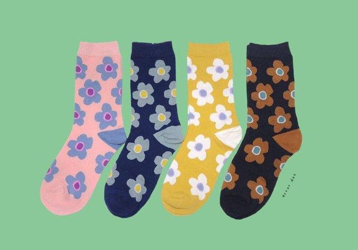 。error dot。世界Q小花配色襪子