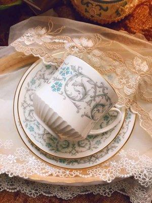 公爵夫人亞當茶杯三件組