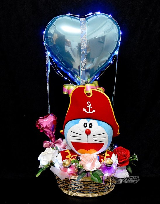 X射線【Y030012】12吋哆啦A夢海盜船長幸福熱氣,捧花/情人節禮物/熱氣球/金莎花束/亮燈花束/告白/送禮