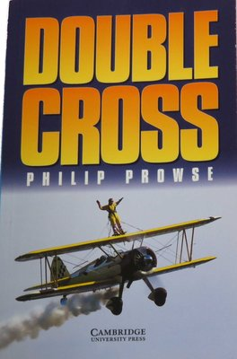Double Cross 《Cambridge English Readers》  64 Pages