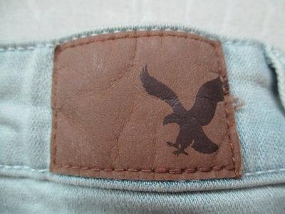 全新有吊牌  AMERICAN  EAGLE  老鷹牌  棉92%     蕾絲花邊  彈性極大 短褲