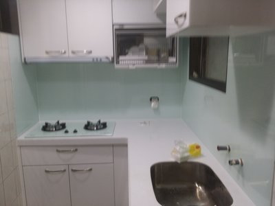 廚房烤漆玻璃*各種明鏡*強化玻璃桌板*磁性白板玻璃*種類齊全 ~ 歡迎洽詢喔