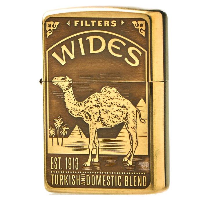 黑羊選物 Zippo  駱駝與金字塔 Camel 標準黃銅機身 純黃銅 煤油打火機 美國原廠 精細復刻 適合送禮