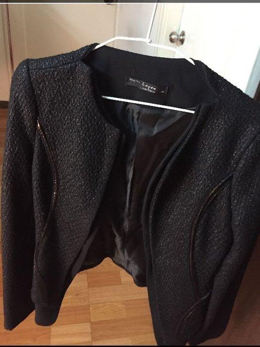 黑色系開襟 設計風格修身外套