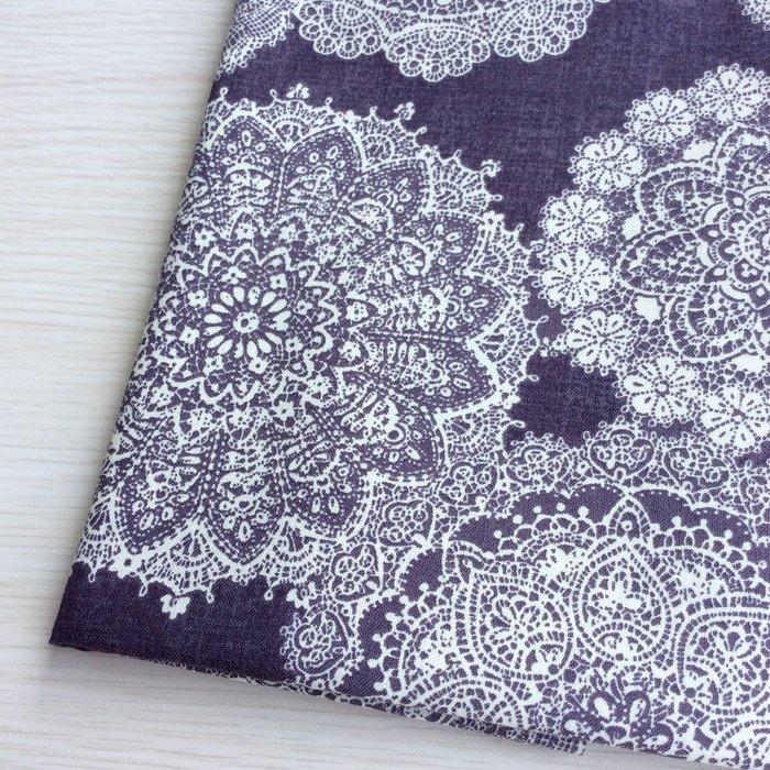 *樂芙領巾/手作*紫底白蕾絲花款(美國薄棉布),嬰兒/兒童三角巾、口水巾、圍兜,可訂製大小及親子領巾
