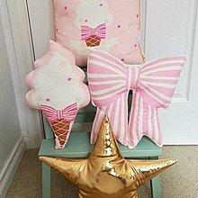 Sisterxoxo 歐美 蝴蝶結 冰淇淋 抱枕 兒童房 嬰兒房 安撫枕 滿月禮 時尚 家居飾品