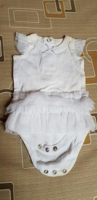 新生兒女寶寶白色氣質小公主女嬰兒蕾絲邊包屁衣