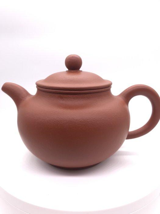 早期叕球紅土茶壺(https://asta360.com/spin/1598595795OT9)