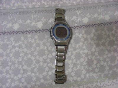 CASIO 電子錶 超大字體 當兵、學生必備軍用手錶(冷光+鬧鈴+碼表) 防水50M