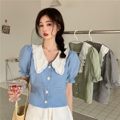寶島小甜甜~娃娃領襯衫女2021年夏季新款設計感小眾撞色拼接格子短款襯衣上衣
