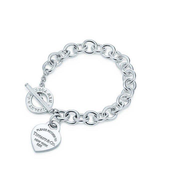 Melia 米莉亞代購 Tiffany&Co. 925純銀 Tiffany 蒂芙尼 項鍊 手鍊 手環飾品 禮物 T扣心牌