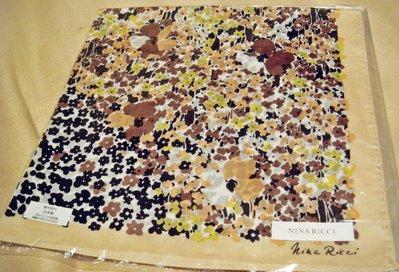 全新日本帶回日本製 NINA RICCI 100% 純棉方形領巾方巾絲巾手帕 5,低價起標無底價!本商品免運費!