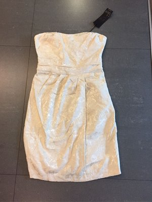 義大利 媞花乳白胸線小礼服 s號