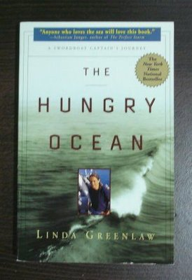 【保存超良好的原文書】 The Hungry Ocean: A Swordboat Captain's Journey