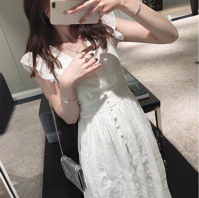 蕾絲洋裝韓版緹花刺繡荷葉袖收腰顯瘦白色排釦長洋裝(新品)預購