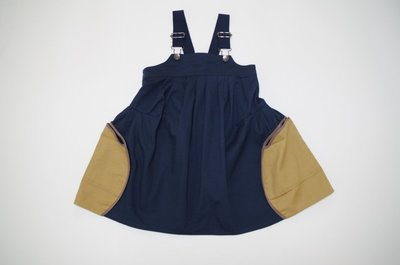 日本設計師童裝品牌 nunu 女童吊帶裙(藍色/卡其色)- size S日本設計製造 clearance sale