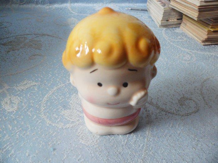 紫色小館18-2-----有趣瓷童偶