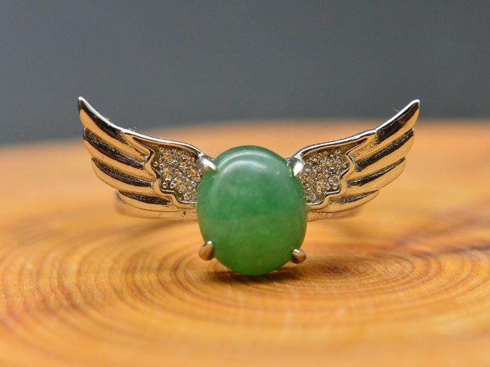 《緬甸翡翠專區》《戒指》正品A貨 天然緬甸翡翠 綠冰糯蛋面 天使之翼 戒子 #10