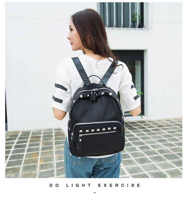 正韓新款 韓國經典鉚釘後背包 後背包 背包 書包 旅行包 媽媽包 鉚釘 手提包 龐克風 後背包