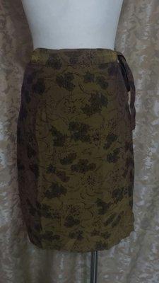 ~麗麗ㄉ大碼舖~大尺寸S-XL(24-34吋)深駝色印花綁帶式短裙~一片裙