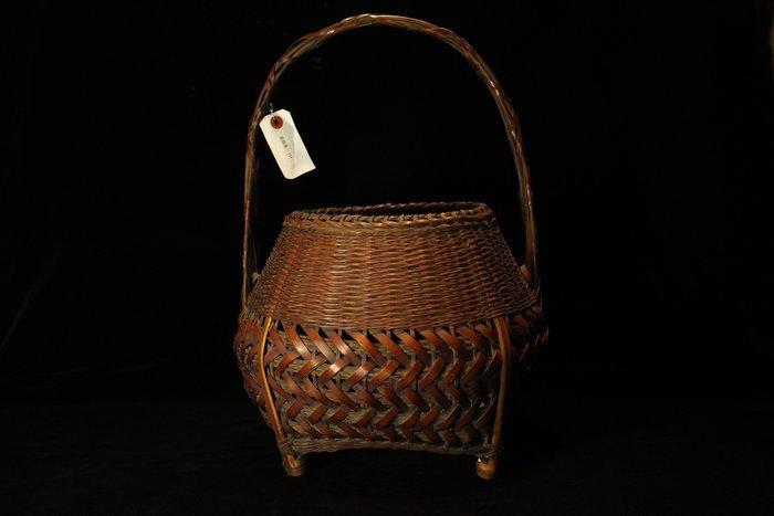 悅年堂 --- 日本 老竹 手工 竹編織籃 花器 花籃