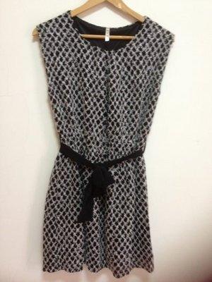 特價出清~韓 黑色針織氣質綁帶洋裝~ㄧ元起標