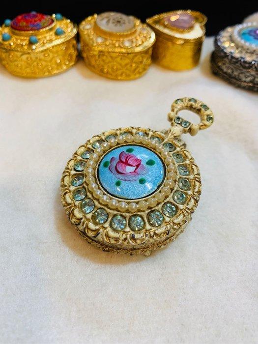 VINTAGE  Florenza珍珠藍色琺瑯花卉寶盒、飾品盒F446