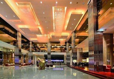 新竹喜來登大飯店-高級客房雙人房,含早餐+加贈旅遊現金折價卷,每位2350元/起-公司會議/獎勵旅遊-另有新竹老爺