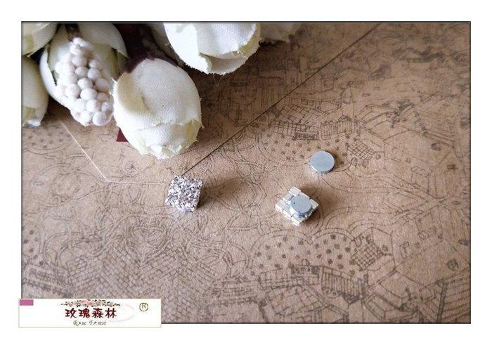 玫瑰森林-- ☆°* 簡單大方小巧氣質款 水鑽 磁石 磁鐵  無耳洞耳夾耳環(方型) 特價