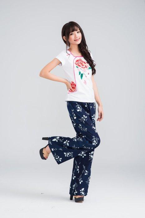 !中國藍Anewei客家藍染蝴蝶紛飛靴型褲/寬褲-SM-另有藍素布.白玫瑰款特惠1099