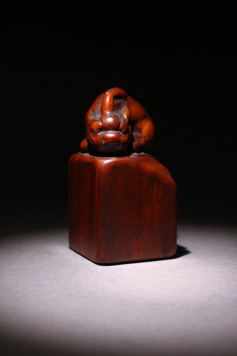 悅年堂 --- 酸枝木 螭鈕 印材 素章 本週特惠 起標價1000元