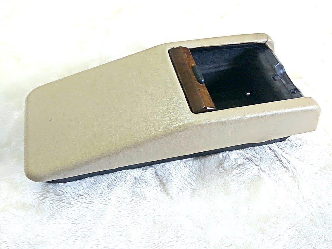 賓士 w124 中央置物盒 稀有米色 末代精品 230E 260E 300E E220 E280 E320 CE 德祥行