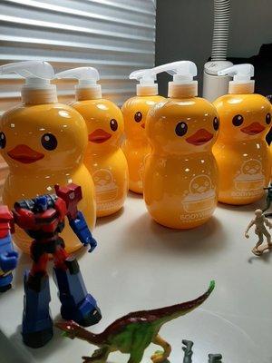 小黃鴨抑菌沐浴乳一瓶1000 ML(超取最多5瓶)