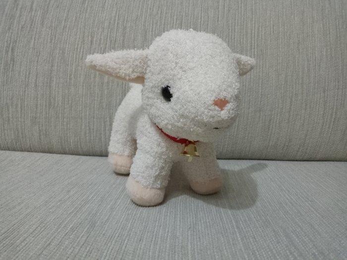天使熊雜貨小舖~阿爾卑斯山的少女雪兒小羊珠扣吊飾 全新現貨