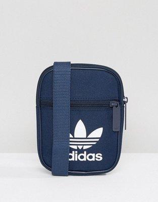 【Footwear Corner 鞋角】adidas OG Trefoil Flight Navy Bags 小側肩背包